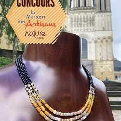 """❌ CONCOURS TERMINÉ ❌ Merci pour vos participations!  🥳🎉CONCOURS 1000 ABONNÉS  Afin de vous remercier pour votre fidélité, nous vous proposons un concours vous permettant de remporter le très joli collier 3 rangs """"Bengali"""" de la nouvelle collection de l'atelier @nature_bijoux , d'une valeur de 139€. Il est composé d'un mélange subtil de pierres naturelles pour une élégance sans pareille: l'agate, la nacre noire et la nacre dorée 🌟  Pour tenter votre chance, rien de plus simple: - Suivez notre compte Instagram @lamaisondadam et le compte @nature_bijoux  - Aimez cette publication  - Laissez un commentaire sous cette publication et taguez un.e ami.e  🍀 Bonne chance 🍀 ⚠️ Le concours se termine lundi 5 juillet - Le gagnant sera contacté par MP après tirage au sort  ⚠️ Concours ouvert à toute personne majeure résidant en France - Règlement à retrouver sur le blog de maison-artisans.com #concours #concoursinsta #concoursbijoux #bijoux #collier #gagnezuncollier #naturebijoux"""